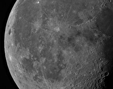 De Maan gemaakt met een Intes Mk67