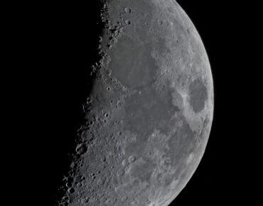 Maan met Werner X formatie